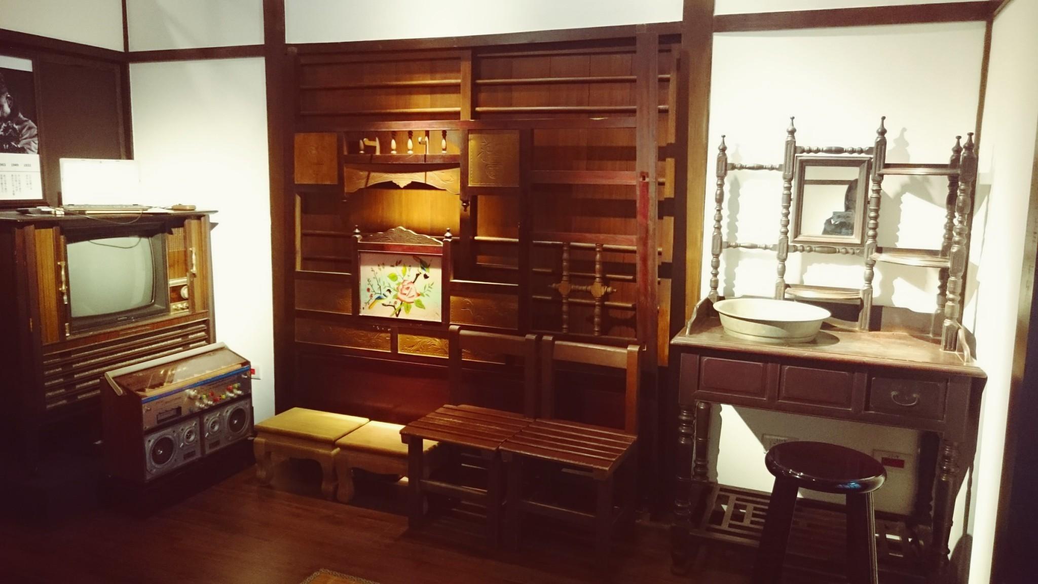 藝師館內觀-木藝生活用品