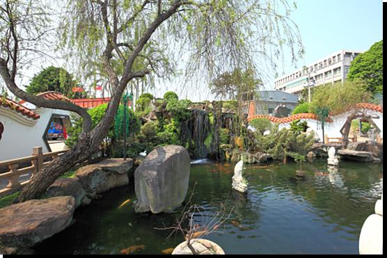 Garden of Locus Pond