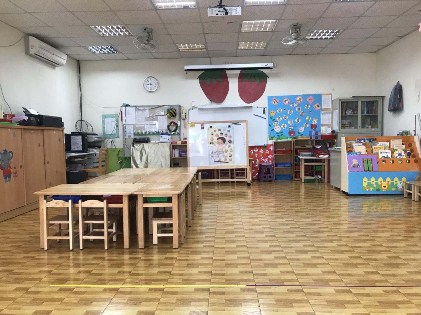 明亮寬敞的教室空間