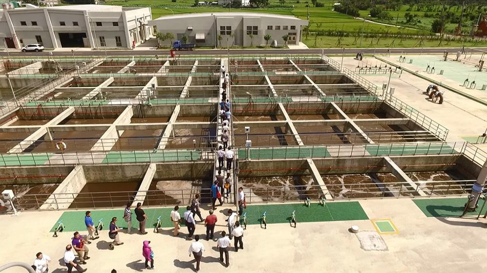 105年06月17日嘉義市政府參訪:生物處理流程現場解說與參觀。