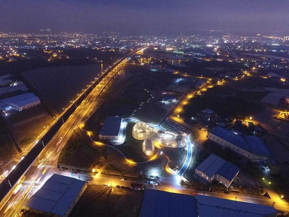 桃園北區水資源中心空照圖:夜覽也別有一番美麗的景色