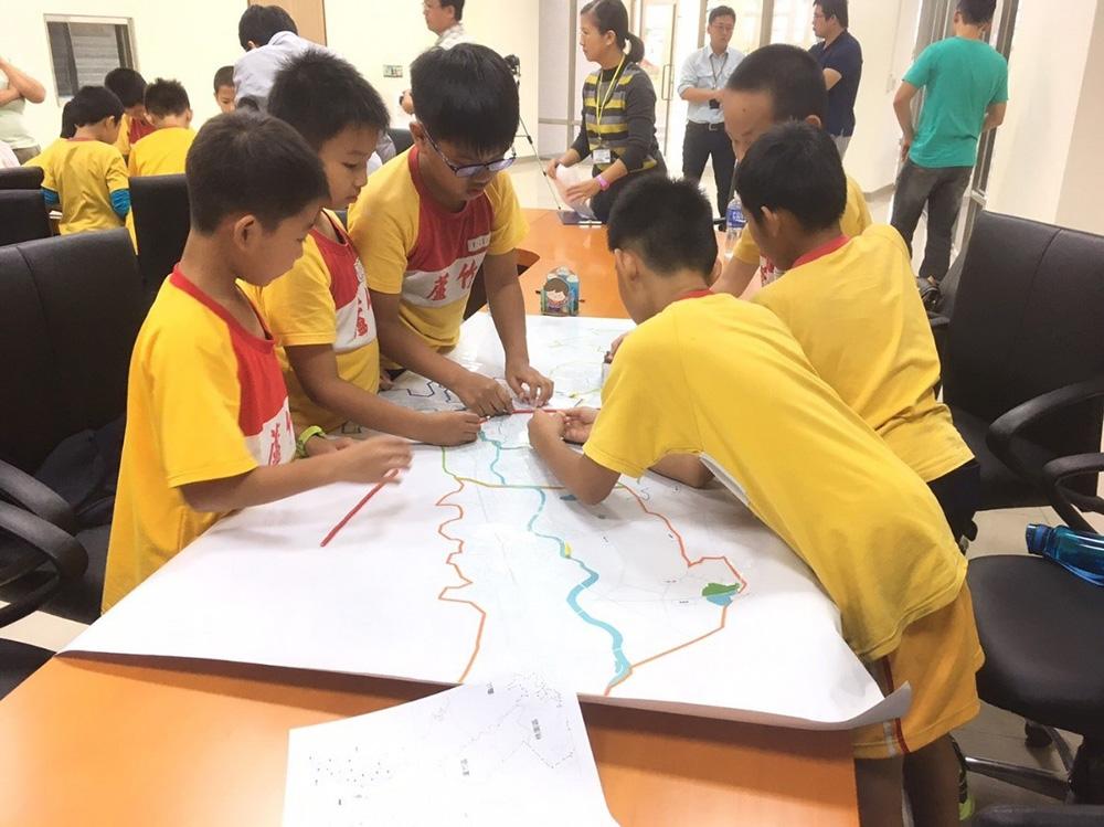 環境教育場所:孩子們努力參與環教課程