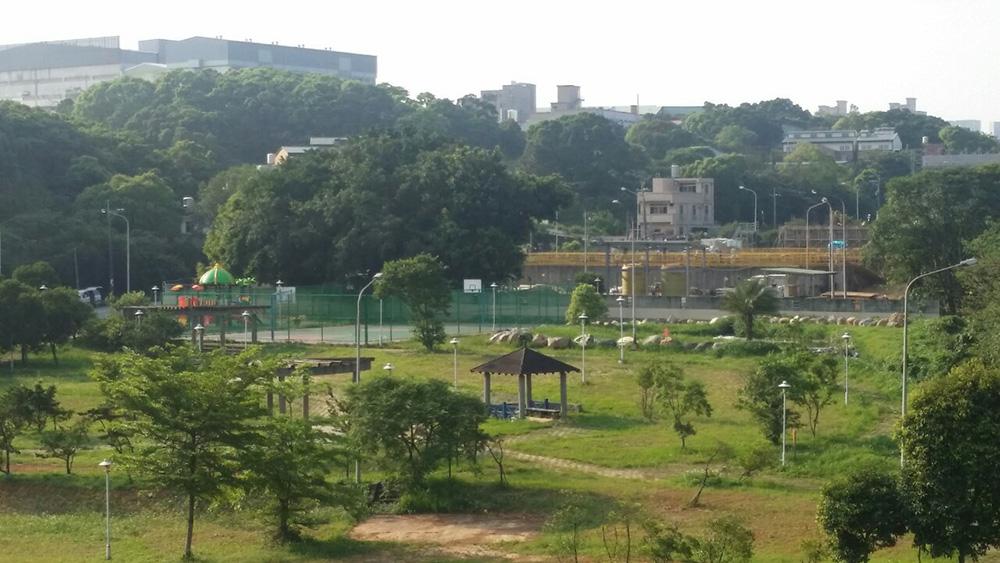 龜山水資源中心:鄰里回饋設施,提供民眾遊憩休閒之公園綠地
