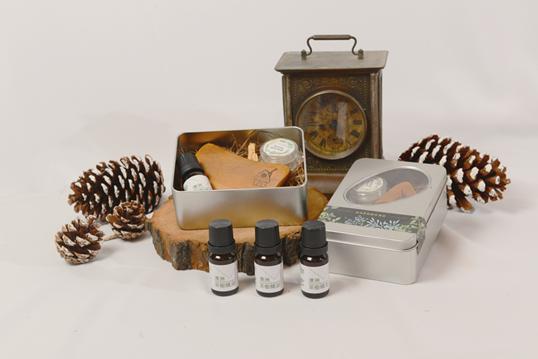 竹圃茶園小木屋休閒農場-澳洲茶樹精油禮盒