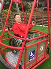 無障礙全齡輪椅鞦韆【另開新視窗】