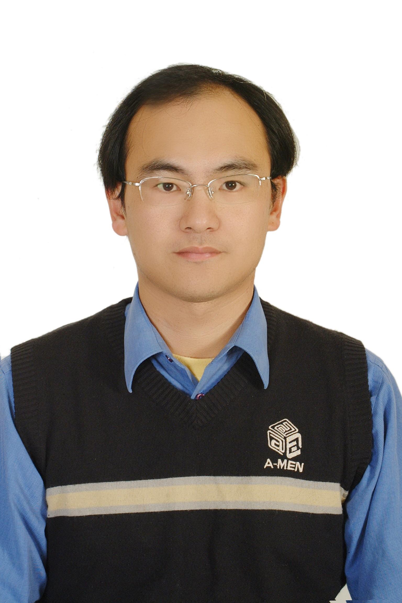 蘆竹地政事務所主任  陳振南