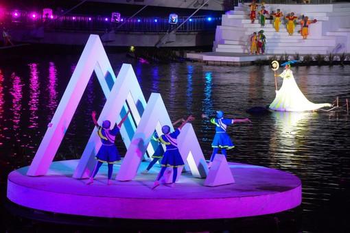 2018桃園地景藝術節水上劇場《水young桃源》具有豐富音樂與視覺享受【另開新視窗】