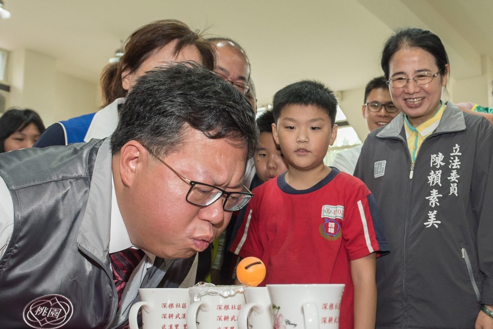 市長體驗園遊會的闖關遊戲