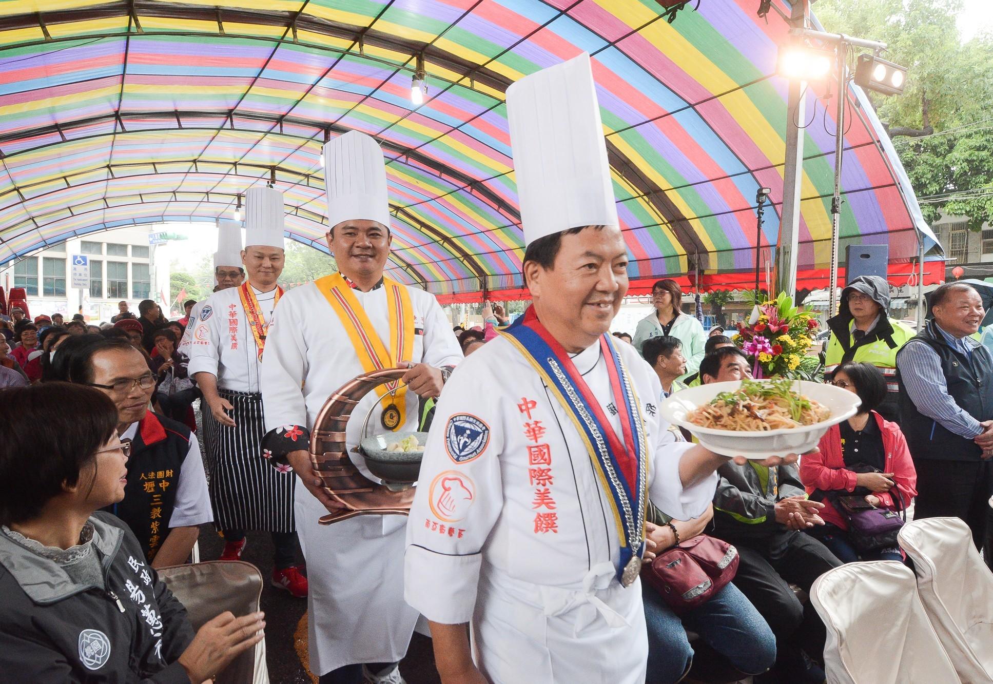 「千人食福宴」,席開315桌,由6位五星級主廚掌廚