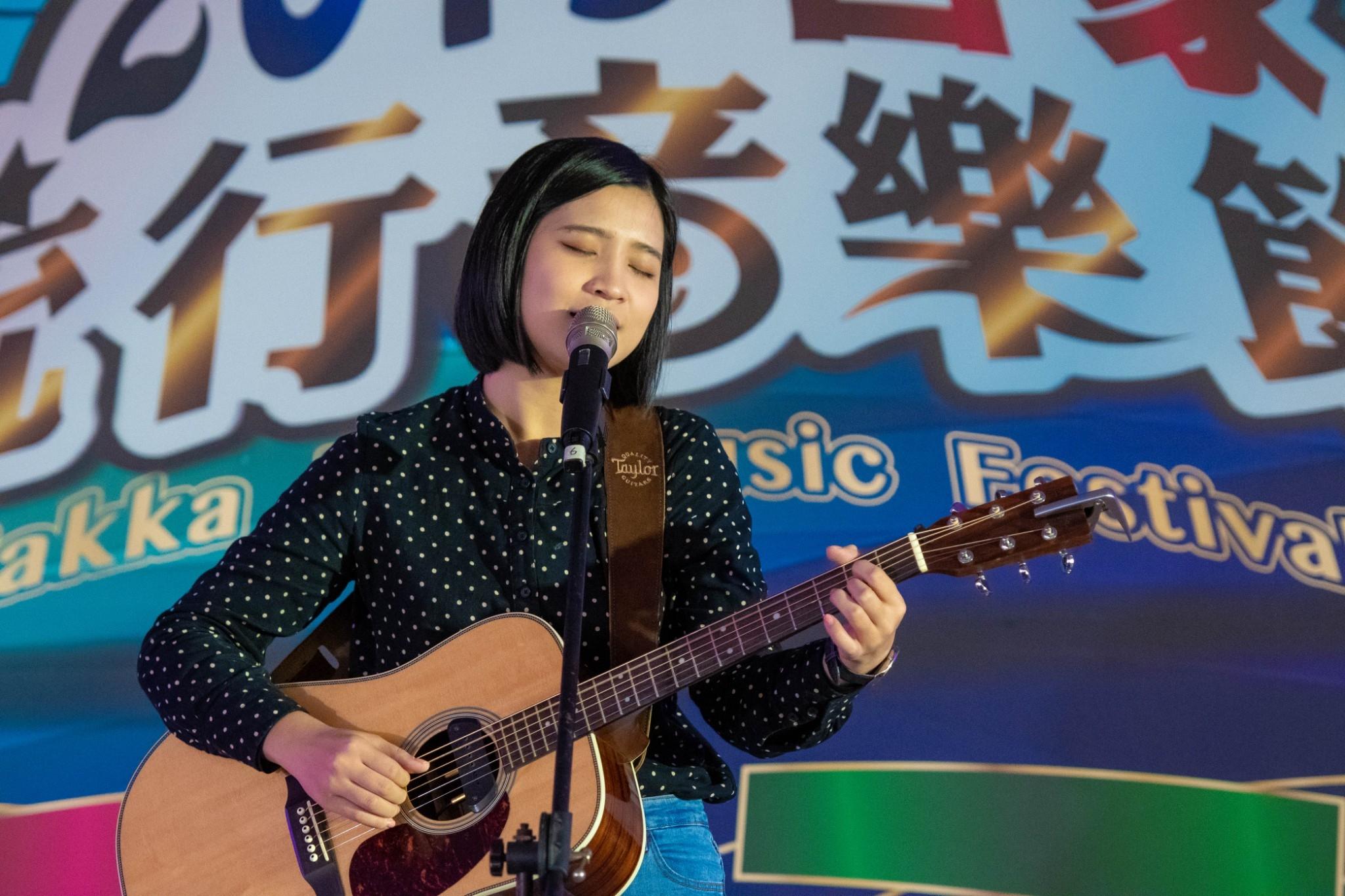 2018客家流行音樂節雙料冠軍得主黃宇寒演唱去(107)年得獎作品「給自己」