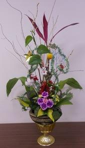 志工隊姜隊長104年12月提供本所綠美化插花作品