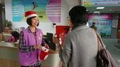 聖誕宣導活動-志工親切接待