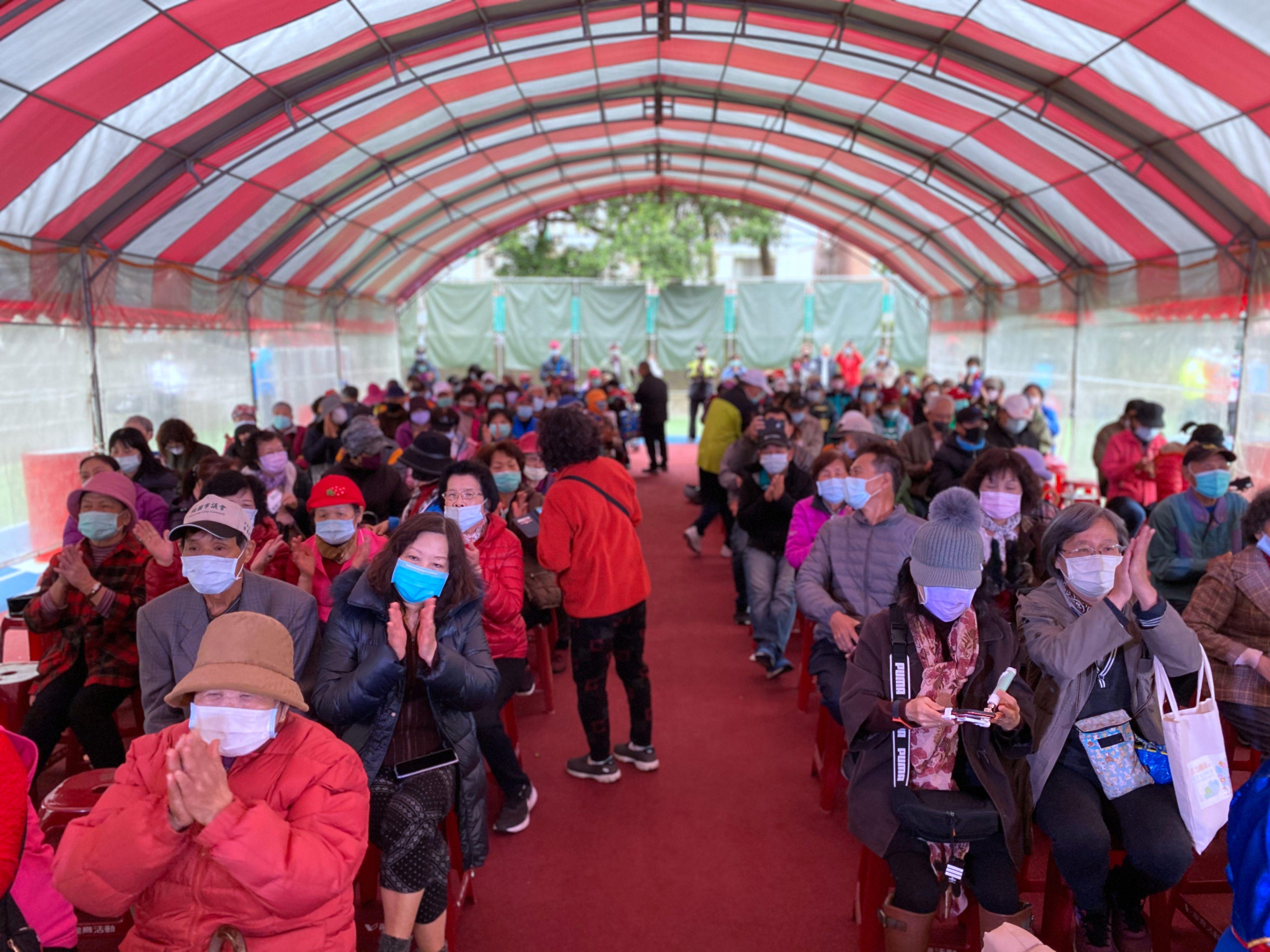 陽明公園是在地運動休閒的重要場所,許多鄉親來參與啟用典禮。
