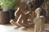 街角館-三和木器文創品小木馬